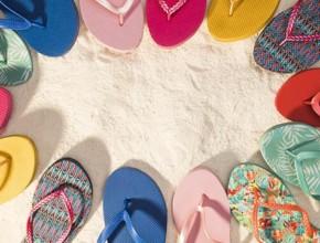 damski chehli 290x220 - За динамичните и активни дами, идеалните лятни обувки са дамските чехли