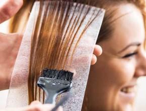 boqdisvane kosa 290x220 - Боядисаната коса може да изглежда жива