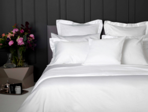 byalo spalno belio 290x220 - Бялото спално бельо – вечна класика