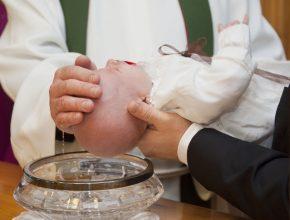 kakvo da podarite za kryshtene 290x220 - Какво да подарите за кръщене?